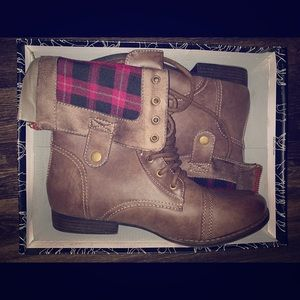 Brown Lumberjack Fold over Boots